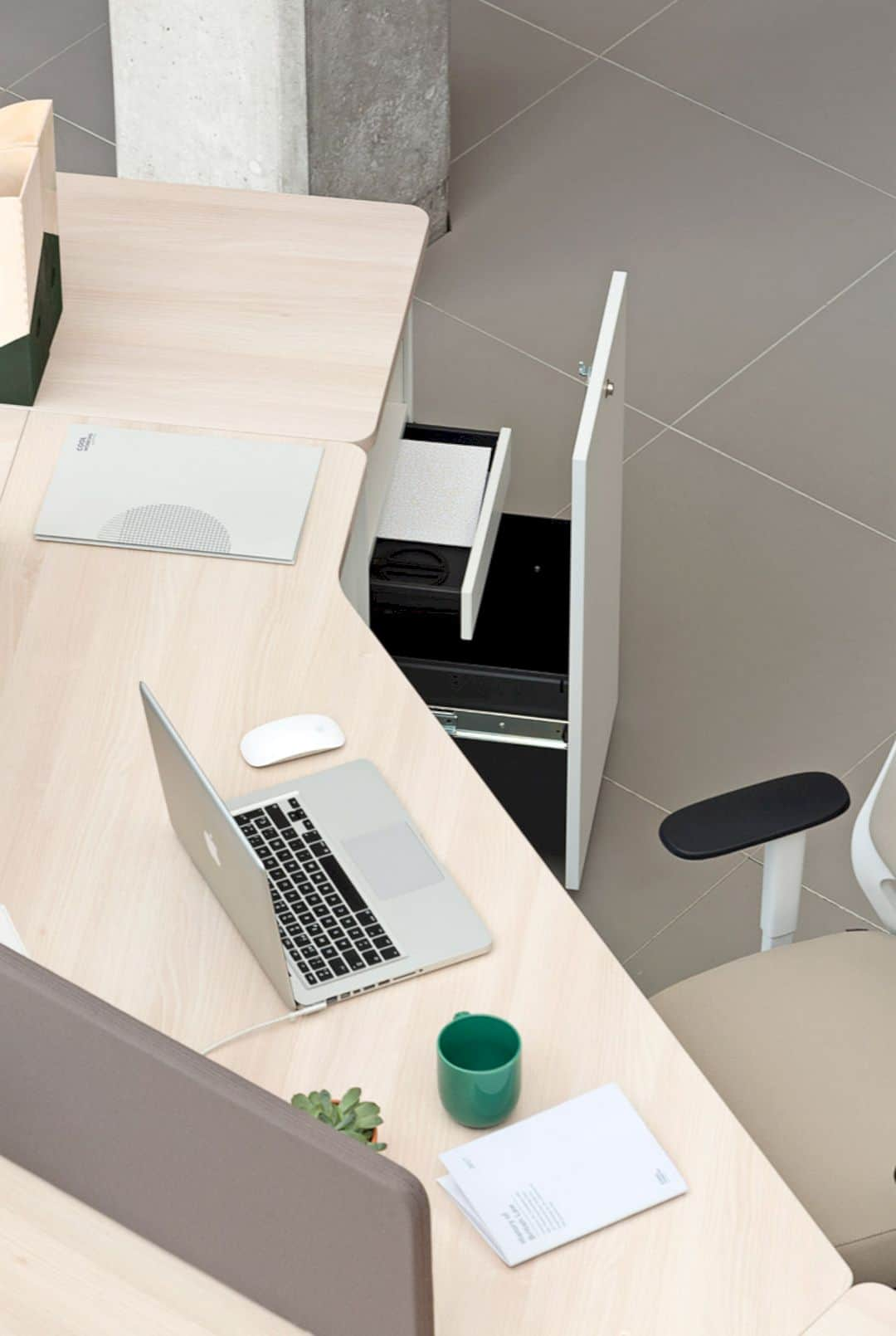 Actius Twist Offers A Fresh And Flexible Workspace 7