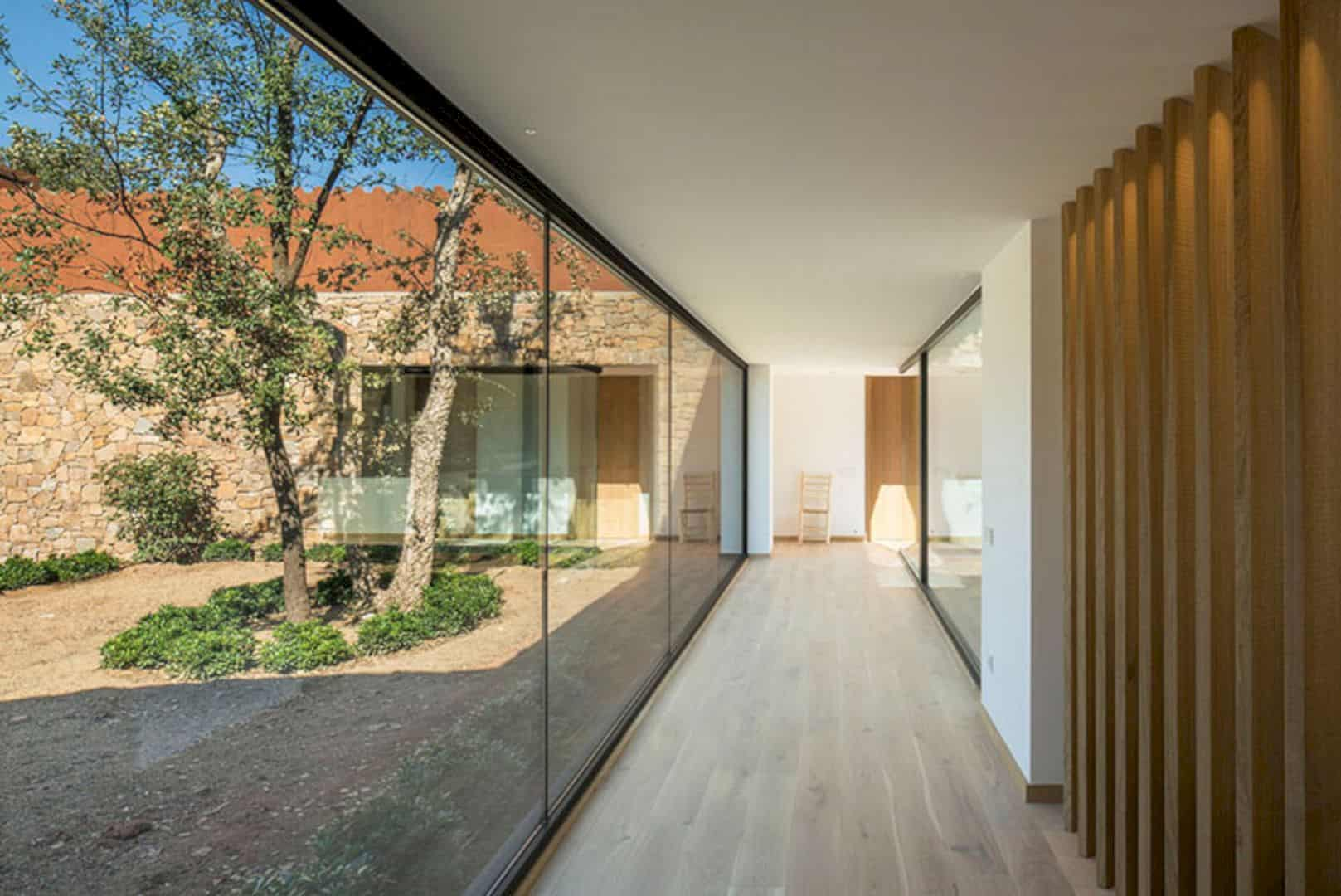 An Example Of A Light Filled Home Interior In Barcelona 3