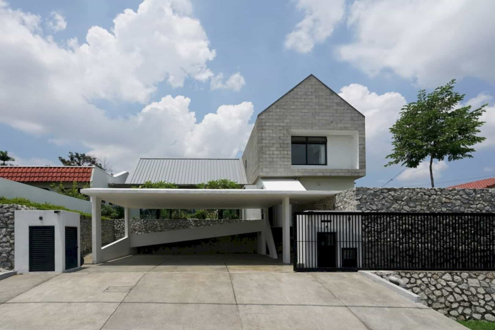 Knikno House: Modern Interpretation of A Barn House ...
