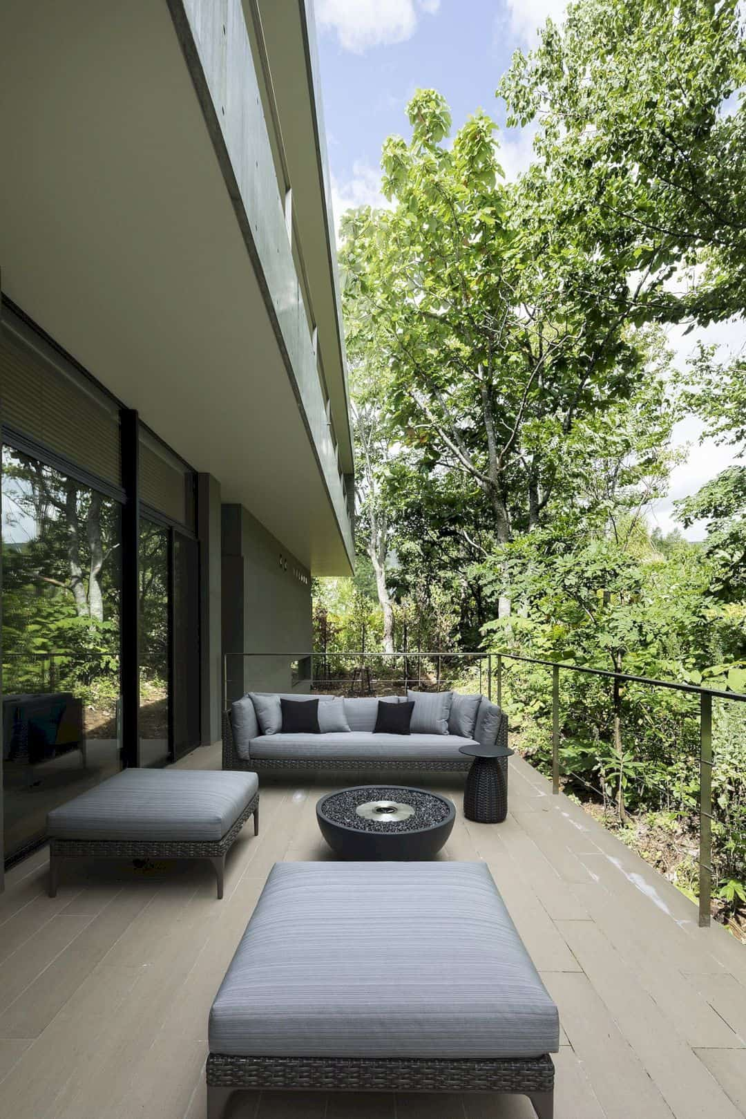 The Clearwater House A Refreshing Vacation Home In Japan 13