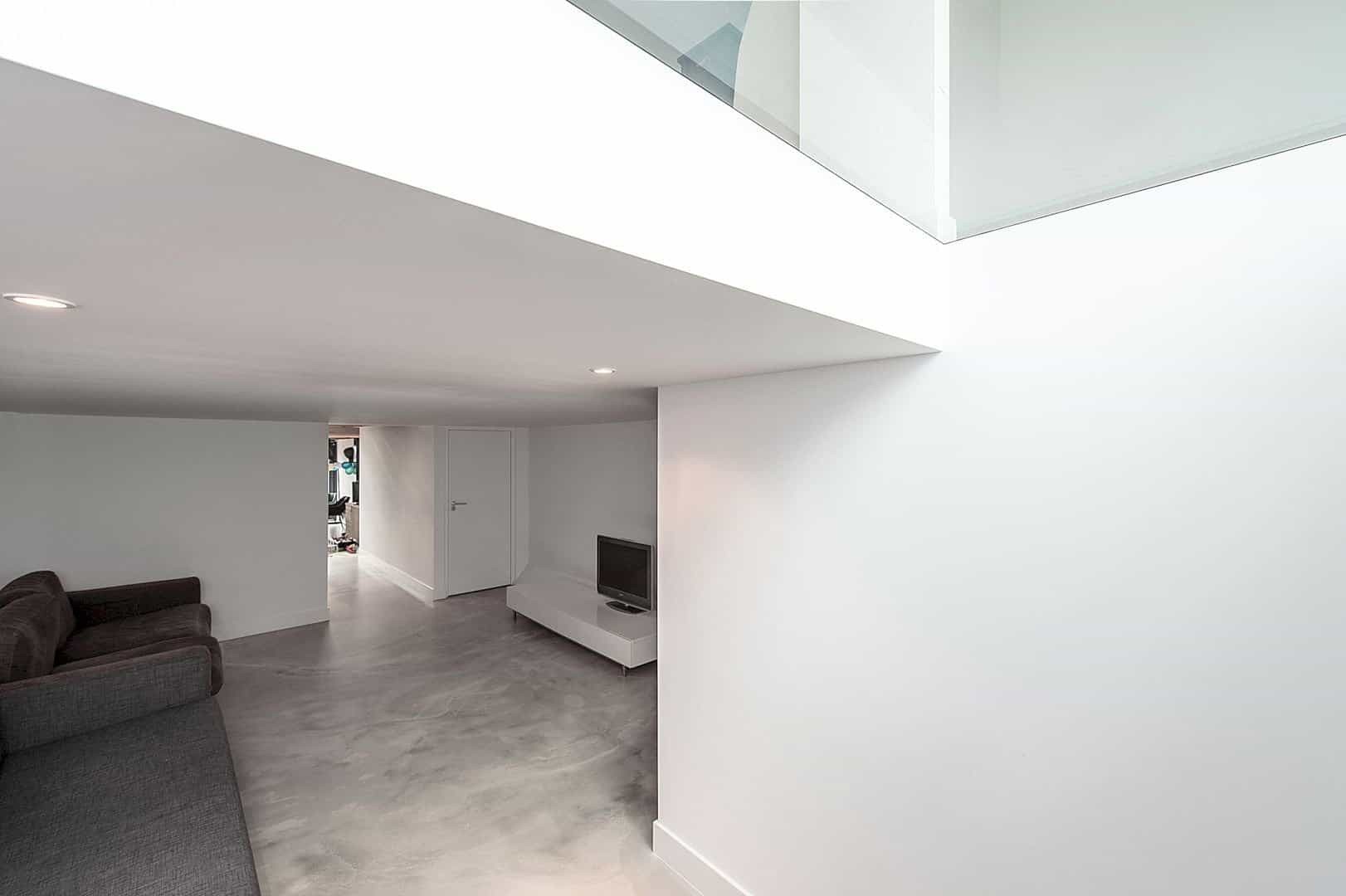 The Renovation And Extension Of A Row House In Overveen 4