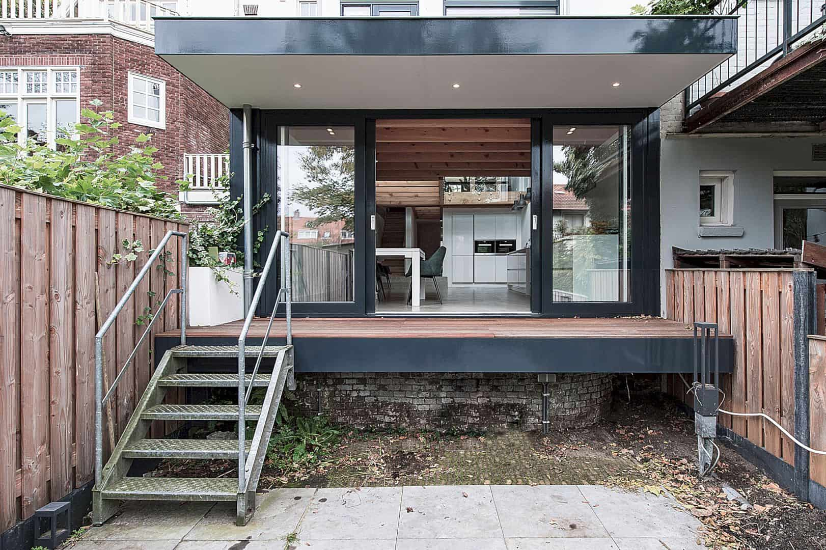 The Renovation And Extension Of A Row House In Overveen 9