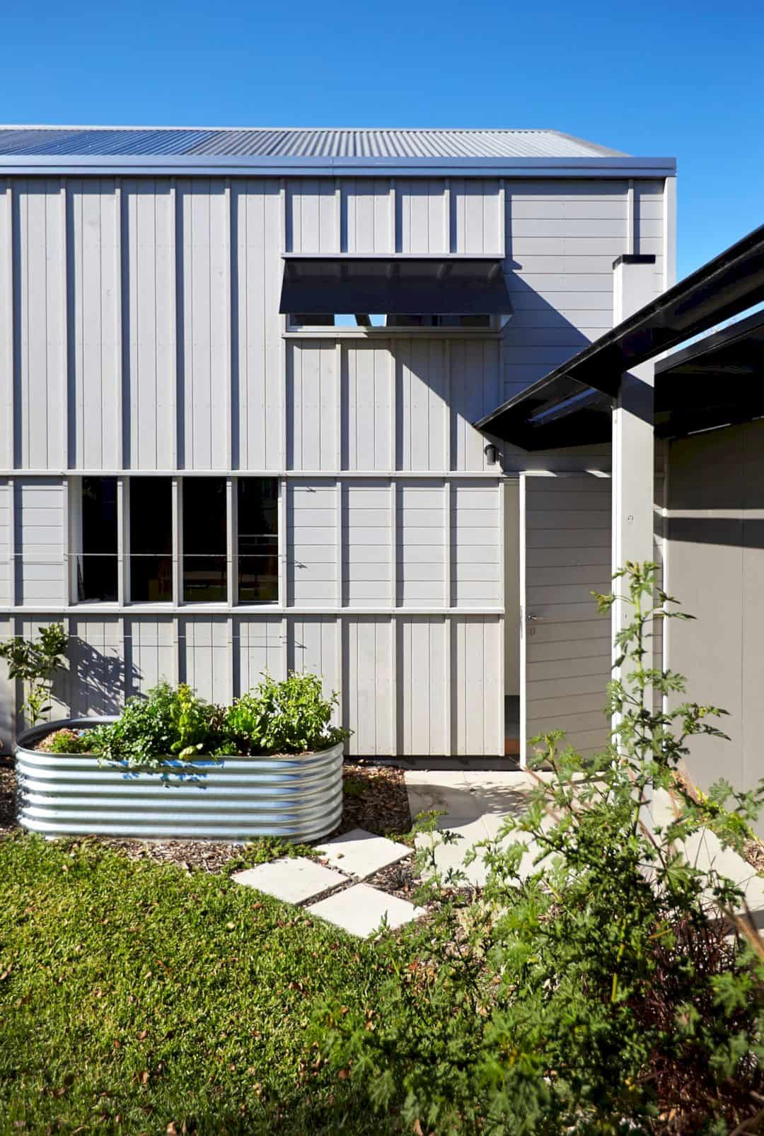 A Timber Clad Residence In Albert Park 11