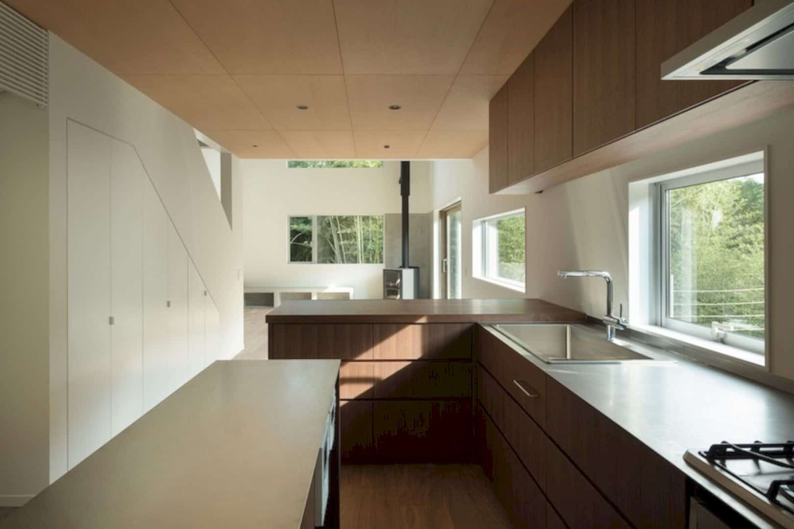A Wooden House Surrounded By Nature In Chiba 3