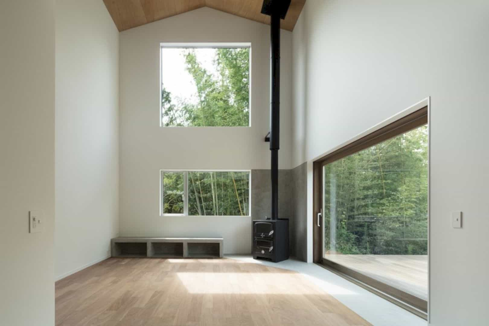 A Wooden House Surrounded By Nature In Chiba 7