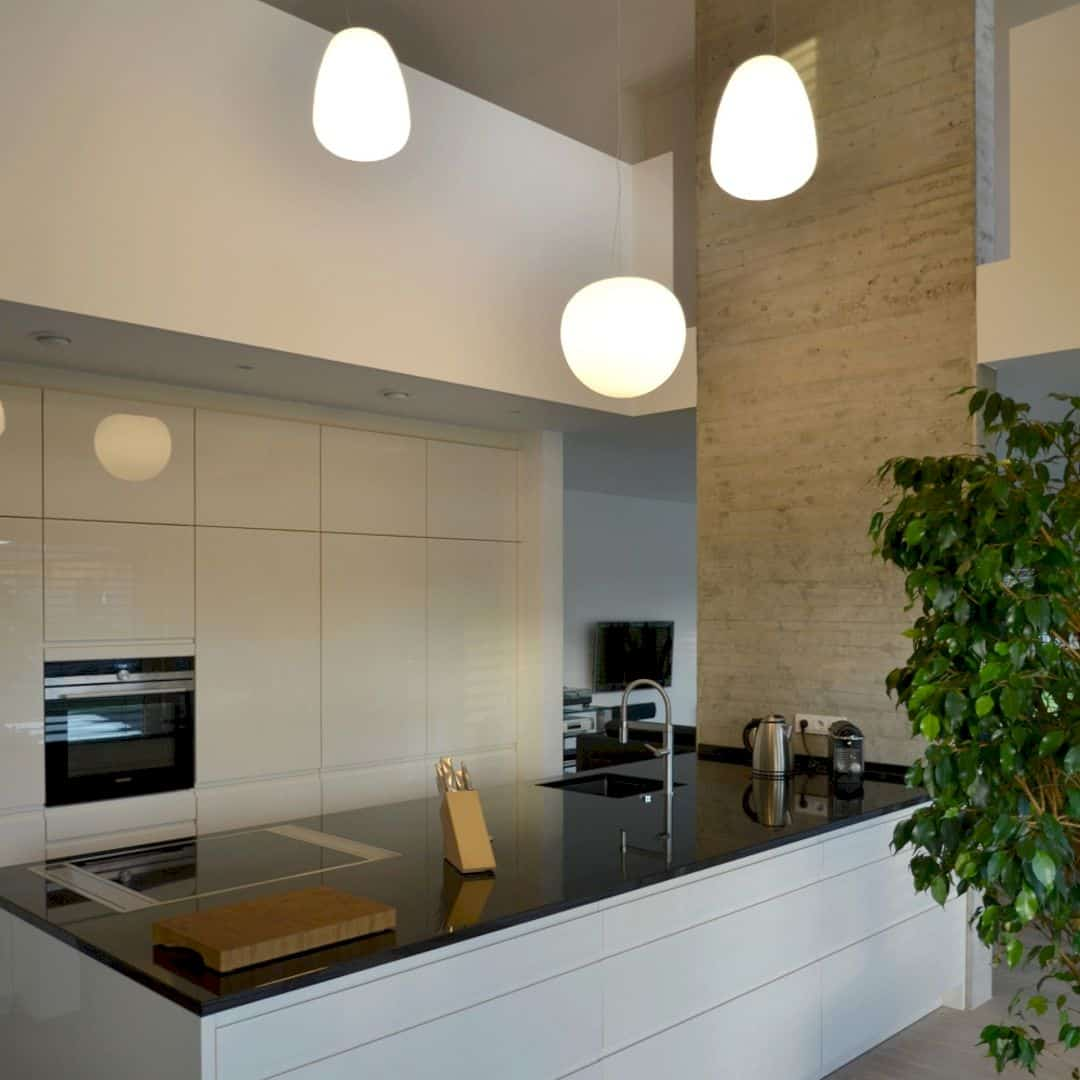 Bauhaus Kitchen Design: Bauhaus Villa: A Detached House In Forchheim