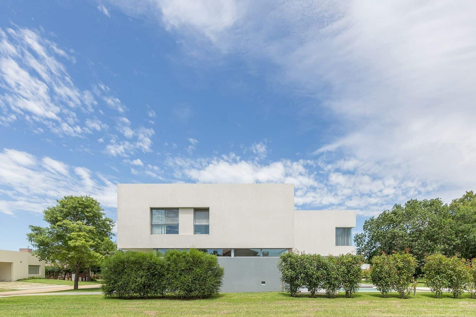 House In El Paso Enhancing The Relationship Inside With The Surrounding Landscape 10