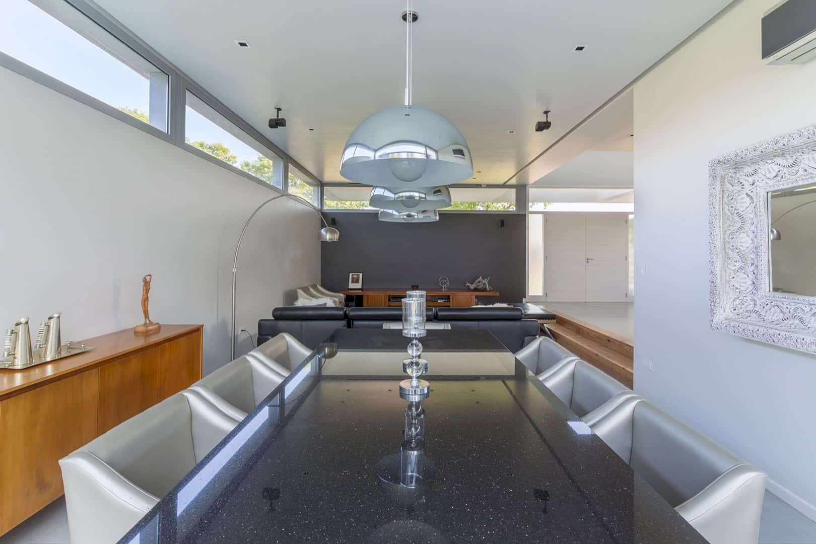 House In El Paso Enhancing The Relationship Inside With The Surrounding Landscape 3