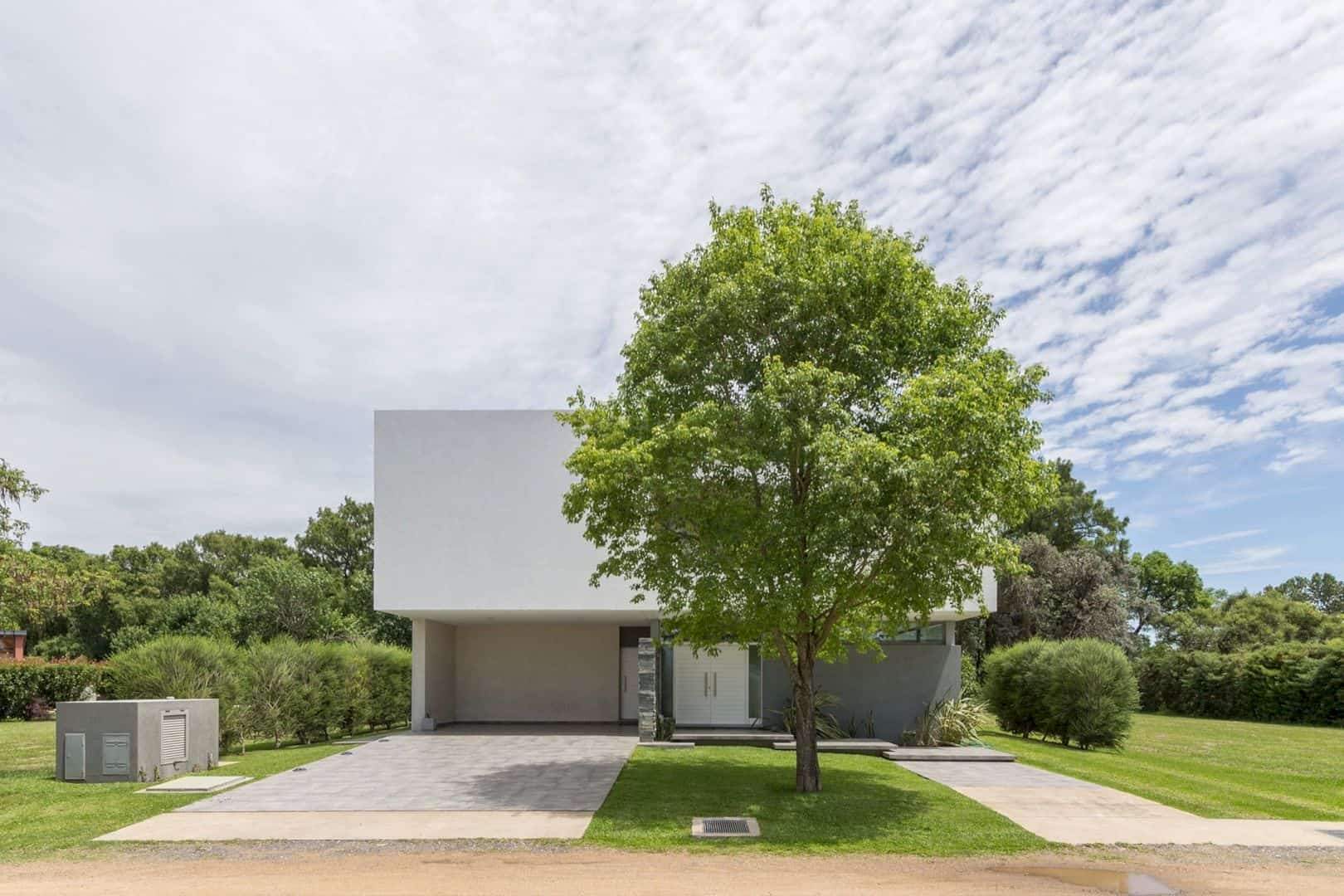 House In El Paso Enhancing The Relationship Inside With The Surrounding Landscape 9