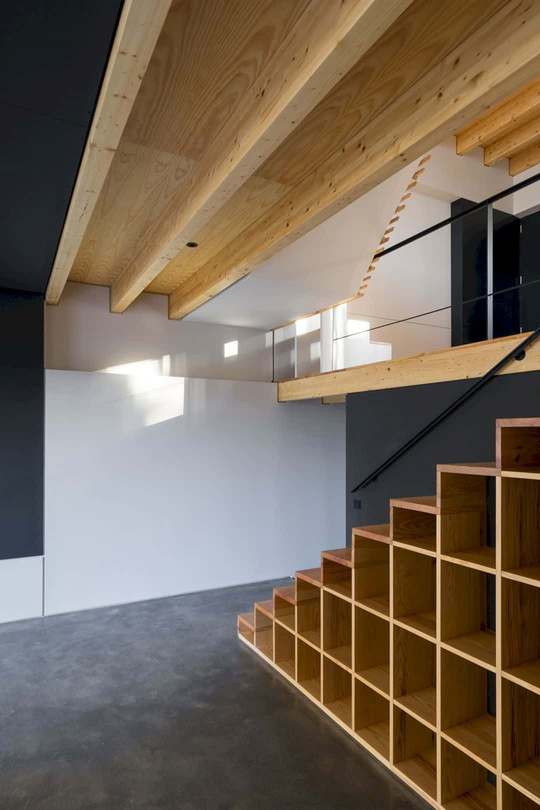 House S A Light Filled House With Uncommon Shades In Porto 5