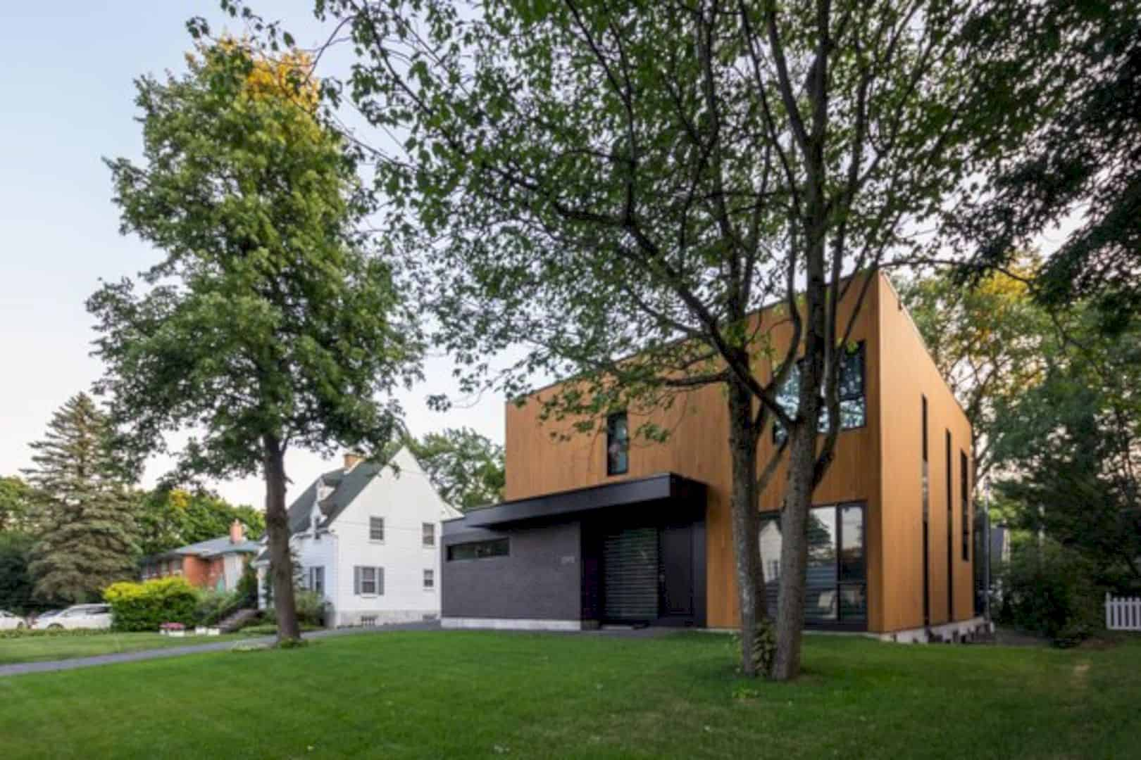 Oak Residence A Modern And Minimalist Home With Natural Materials 8