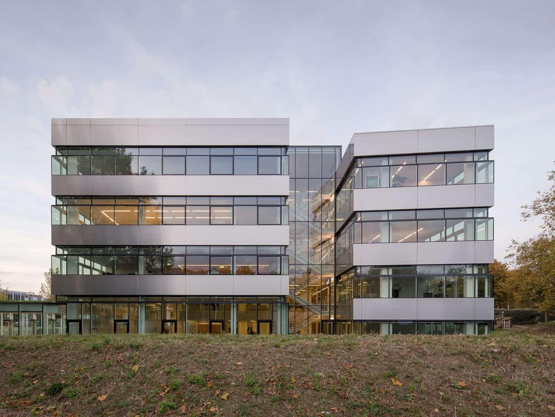 Van Spaendonck Enterprise House Emphasizing The Importance Of Cooperation 14