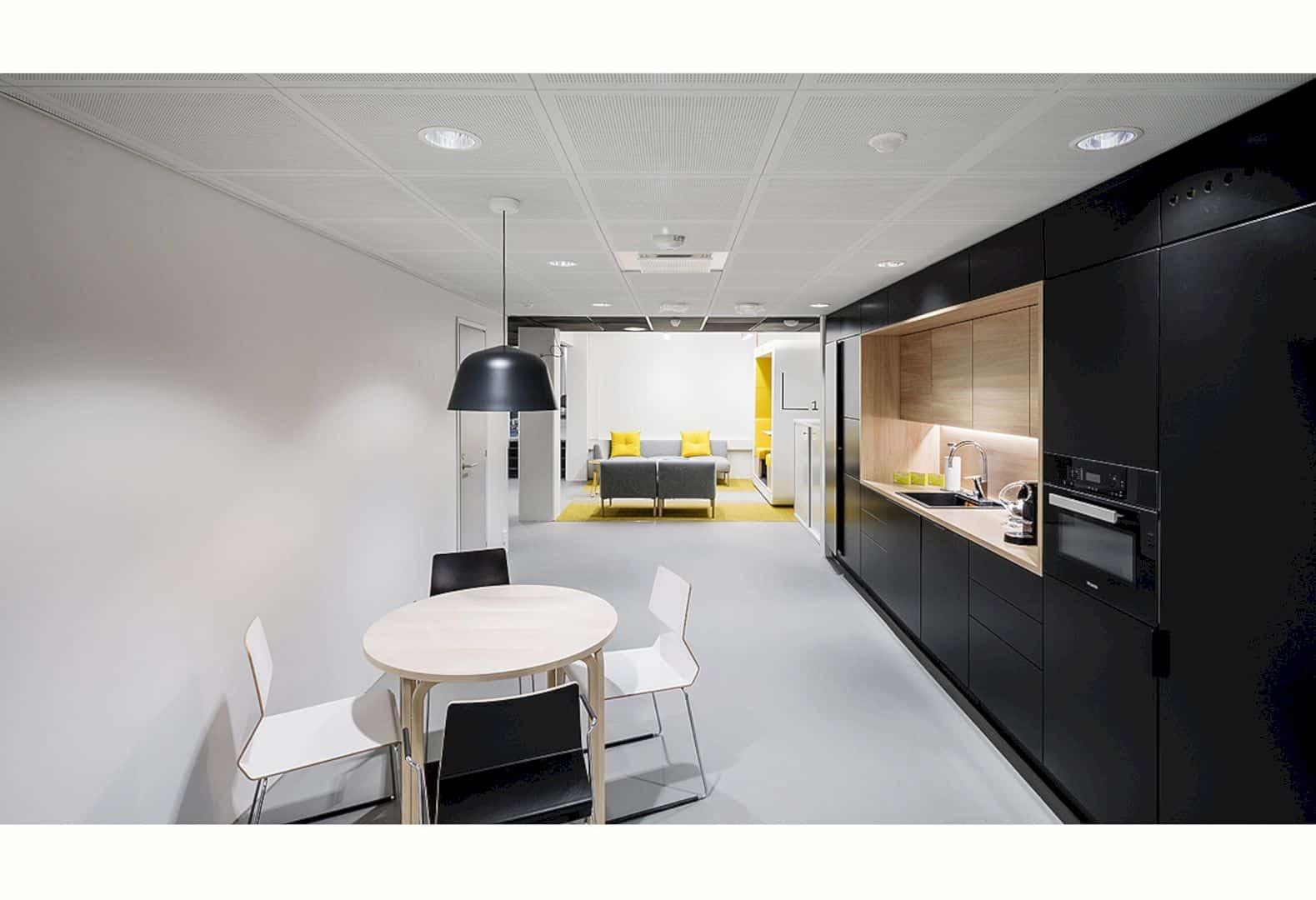 Lönnrotinkatu 18 A Unique And Modern Loft Office In Helsinki 3