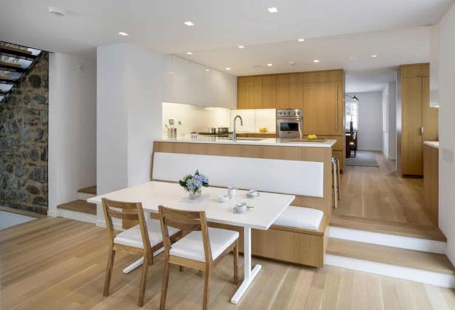 35HP Tudor Style Residence 5