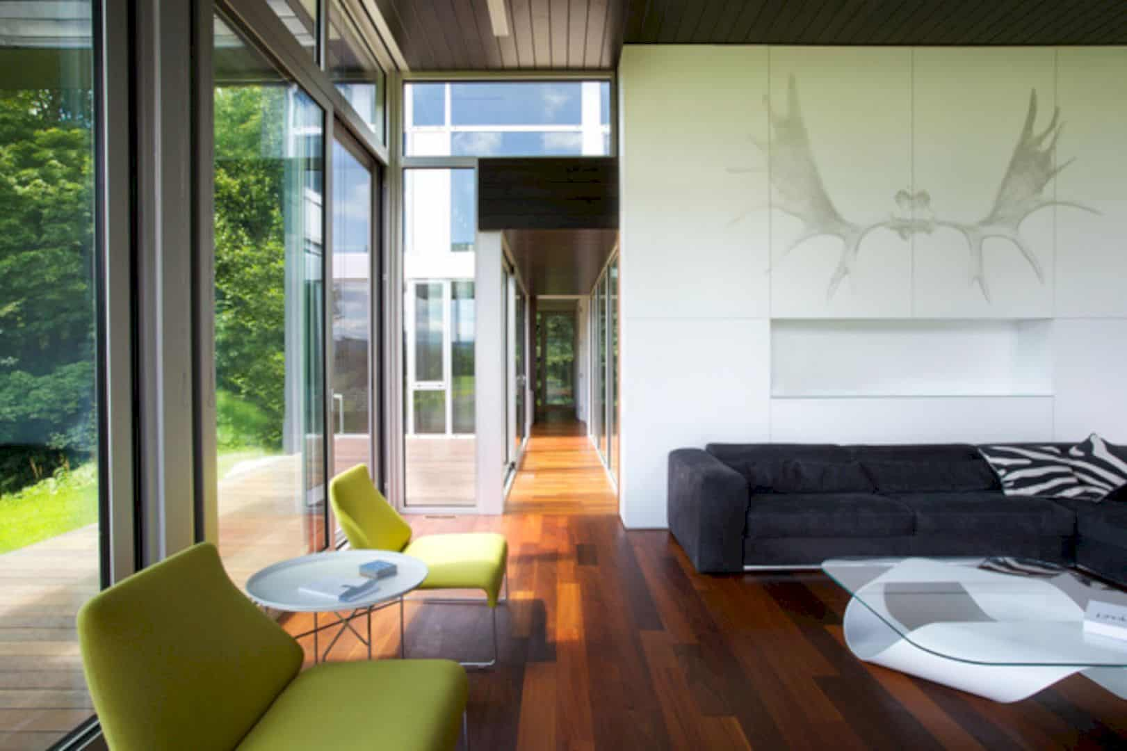 Contre Jour An All Black Country House In Quebec 6