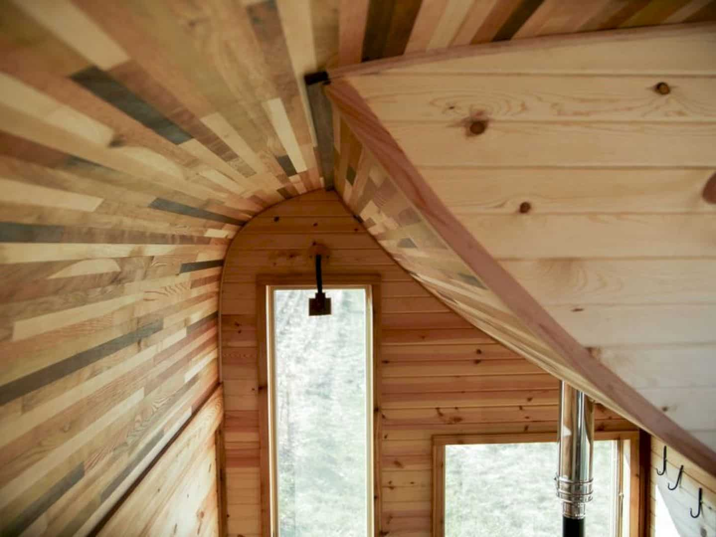 Honey On The Rock A Peculiar Tiny House With A Great Craftmanship 4