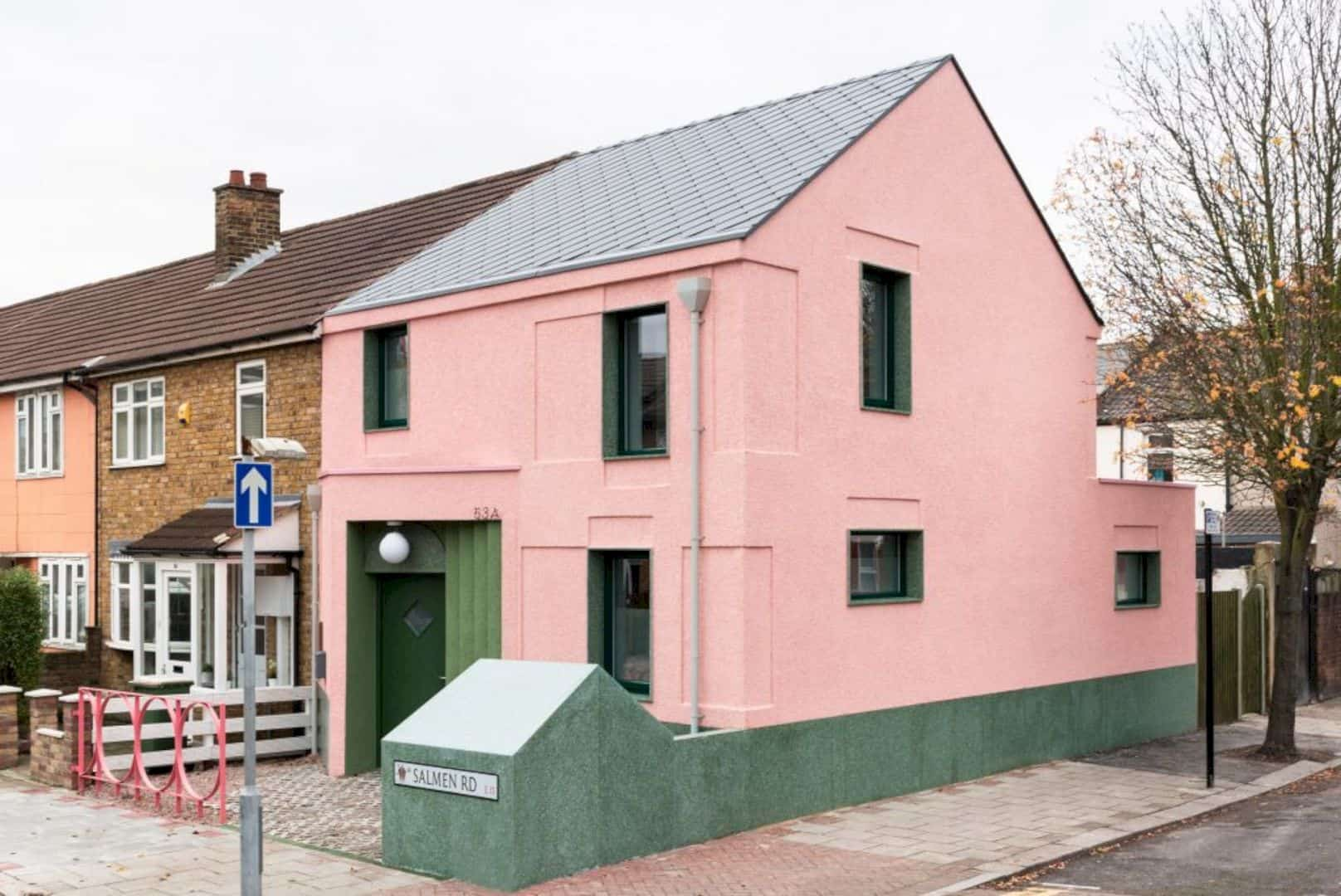 The Salmen House A Distincitve Pink And Green Rental Home In West Ham 7