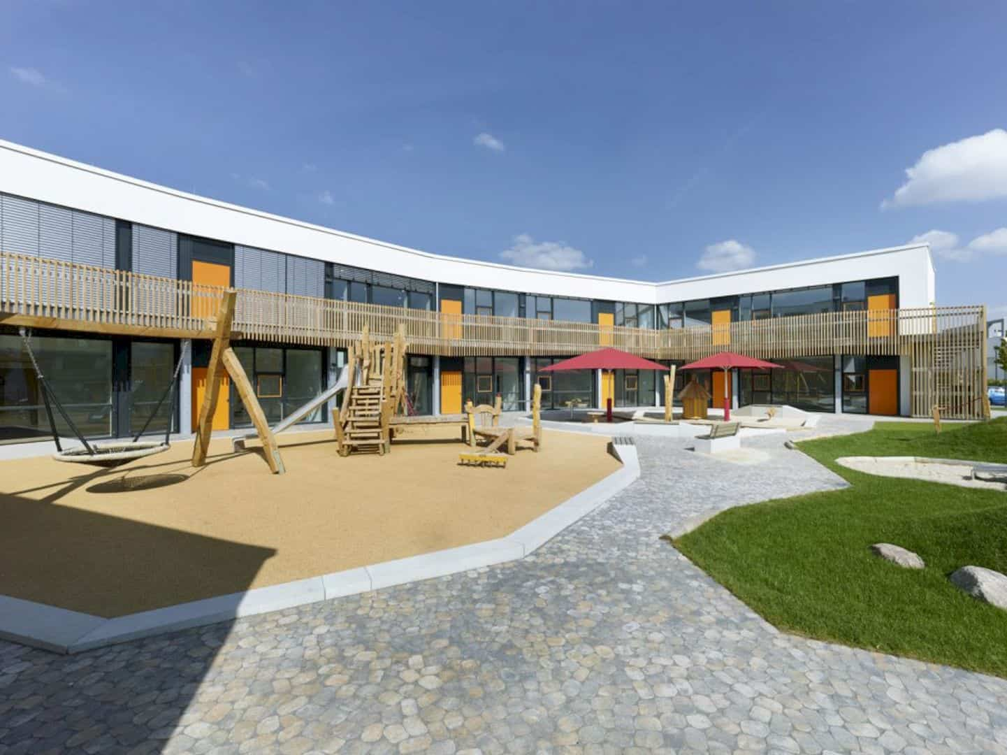 Koenigsblick Kindergarten A Childcare Center Incorporating Park Concept 3