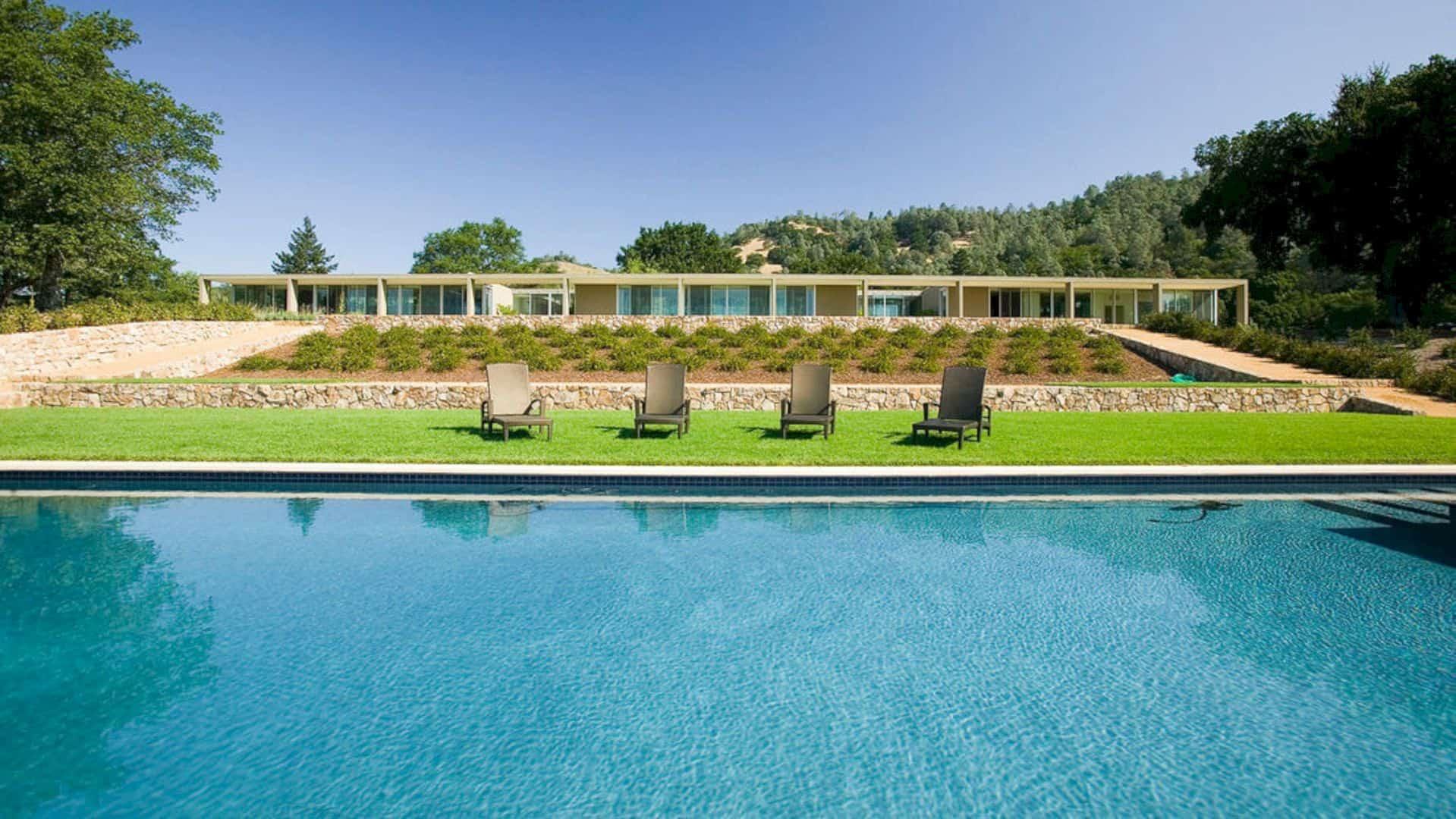 Zakin Residence: A Minimalist Napa Valley Estate with Landscape Development