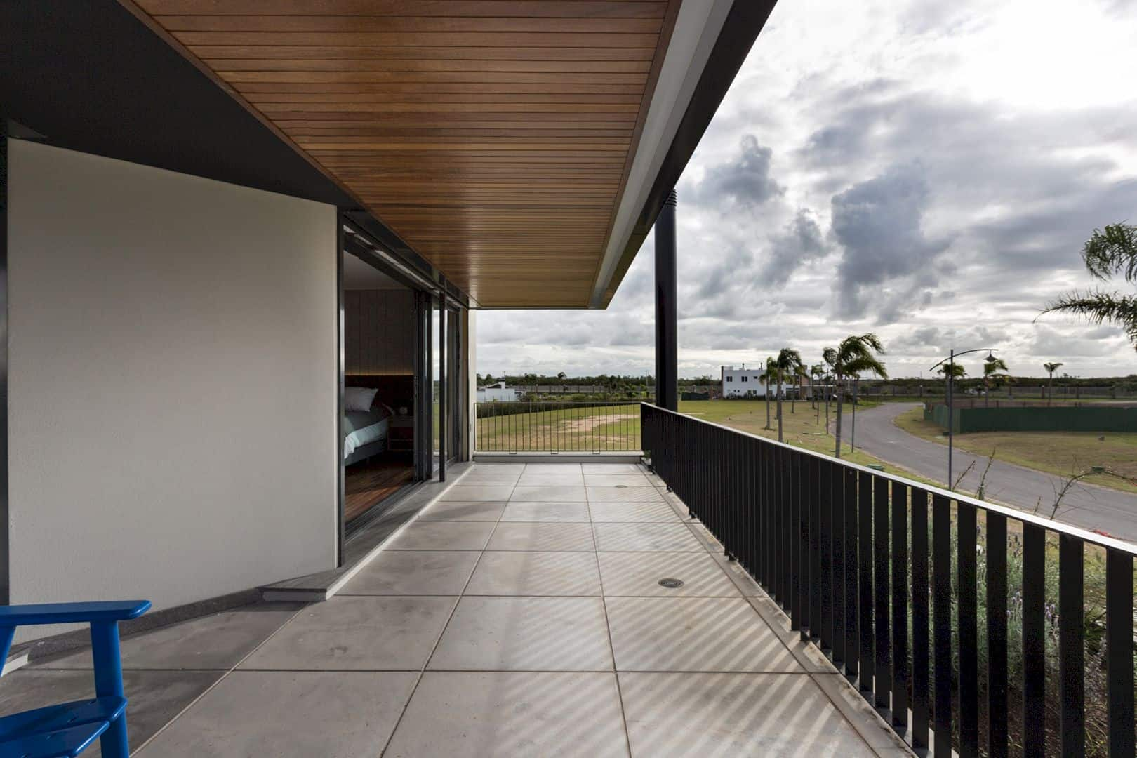 Casa R & L An Interior That Reflects Welcoming Personalities And Minimalist Aesthetics 1