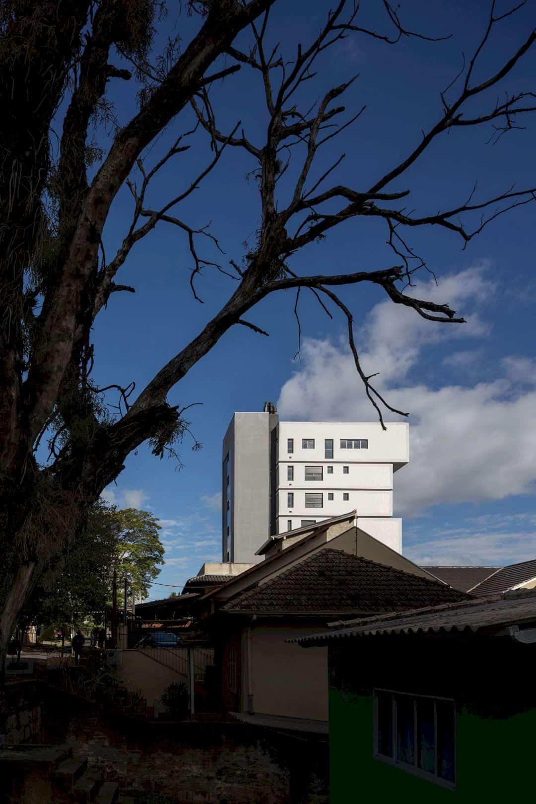 Fernando Abbott 866 A High Rise Residential Building In Porto Alegre 12