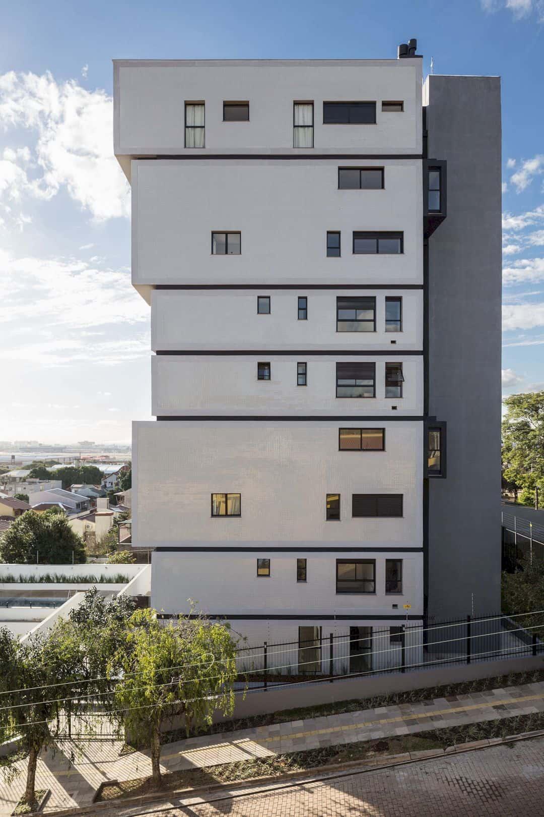 Fernando Abbott 866 A High Rise Residential Building In Porto Alegre 2