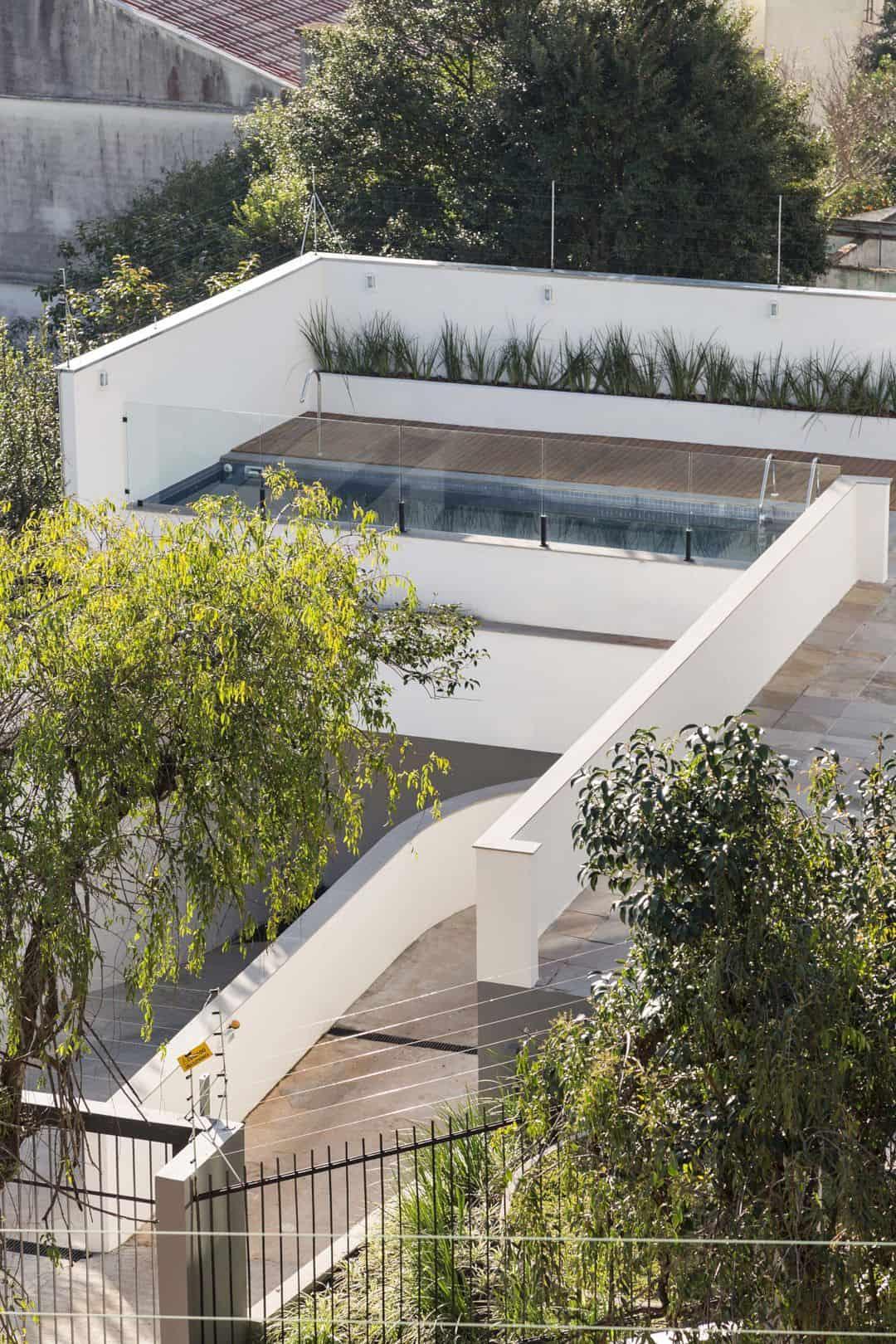 Fernando Abbott 866 A High Rise Residential Building In Porto Alegre 9
