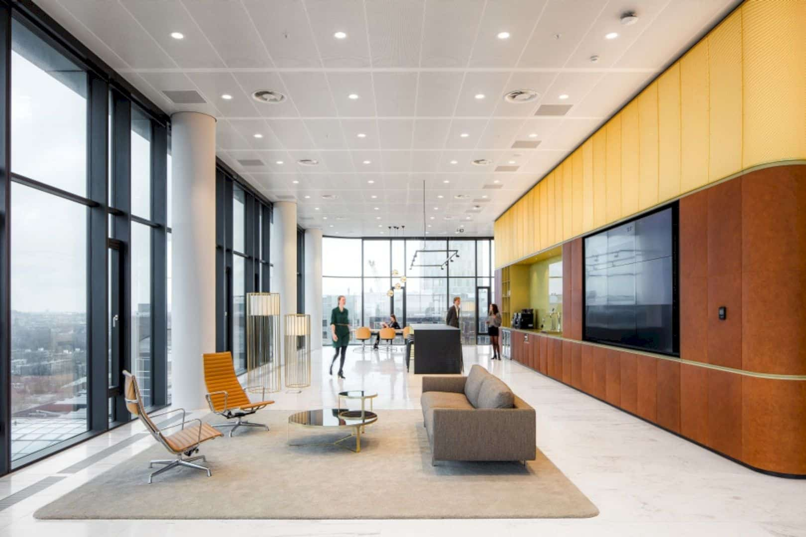 Cms Amsterdam A Warm Natural Base Office Design Merged With Curves And Transparency 1