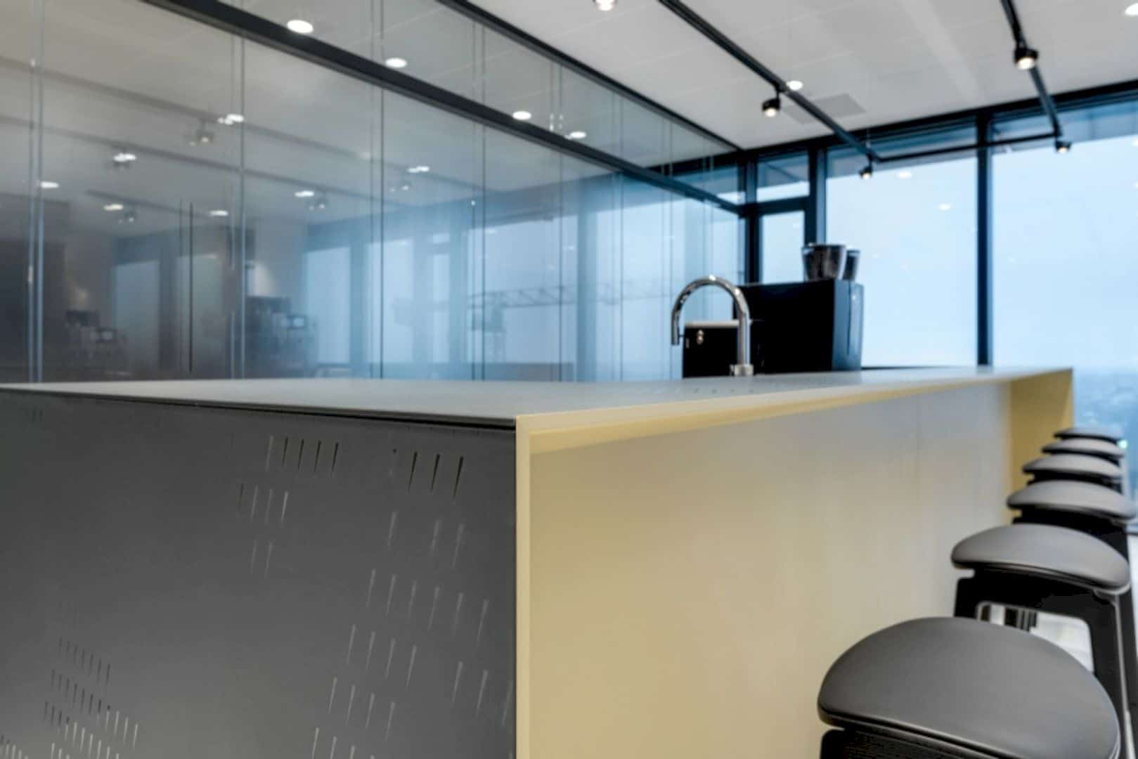 Cms Amsterdam A Warm Natural Base Office Design Merged With Curves And Transparency 3