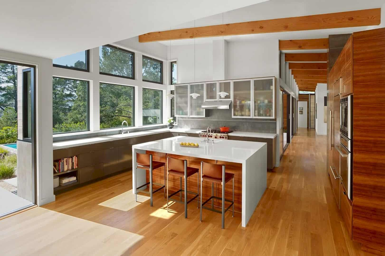 Golden Oak Residence A Light Filled House That Takes Advantage Of Its Bucolic Site 2
