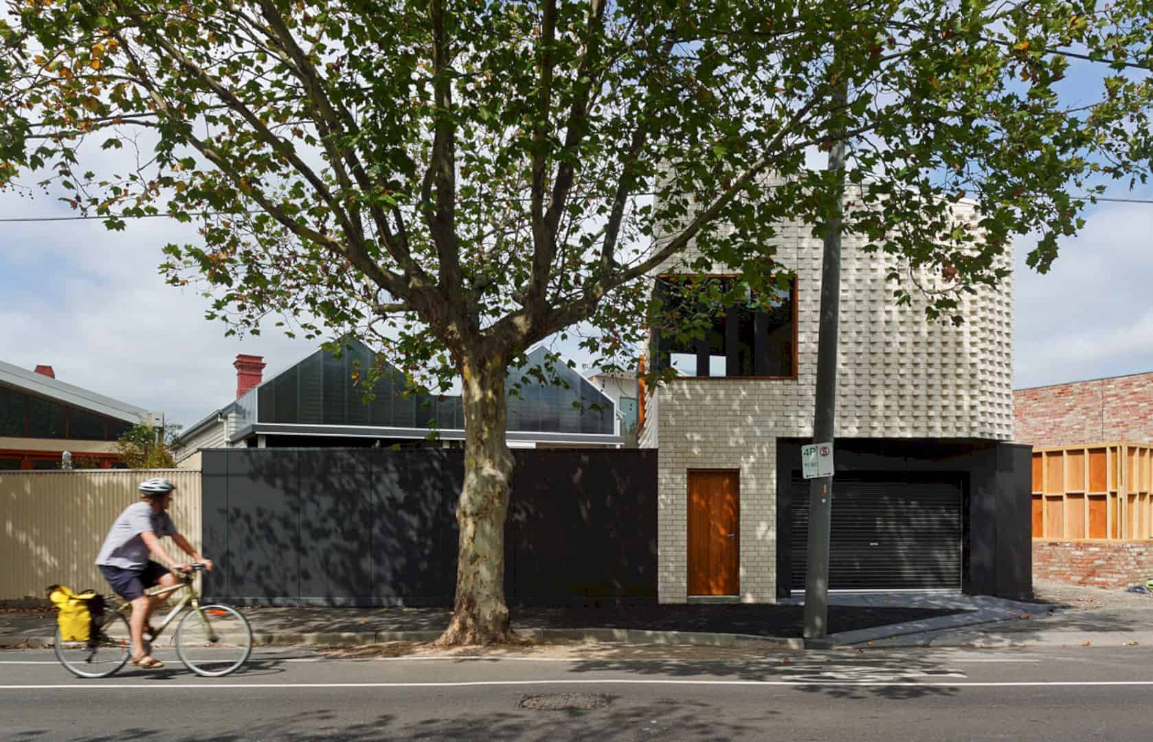 Little Brick Studio A Tight Space Residence That Engages At The Urban Scale Of Abbotsfords Busy Street 19