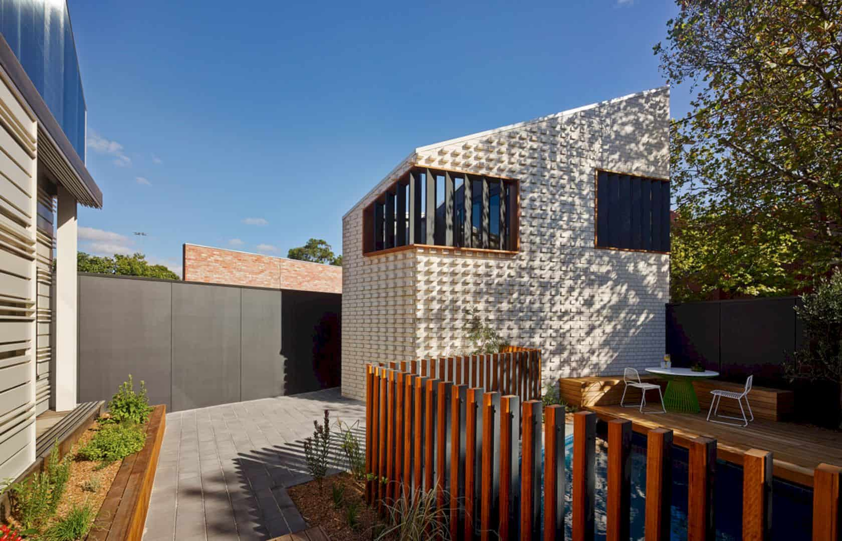 Little Brick Studio A Tight Space Residence That Engages At The Urban Scale Of Abbotsfords Busy Street 9
