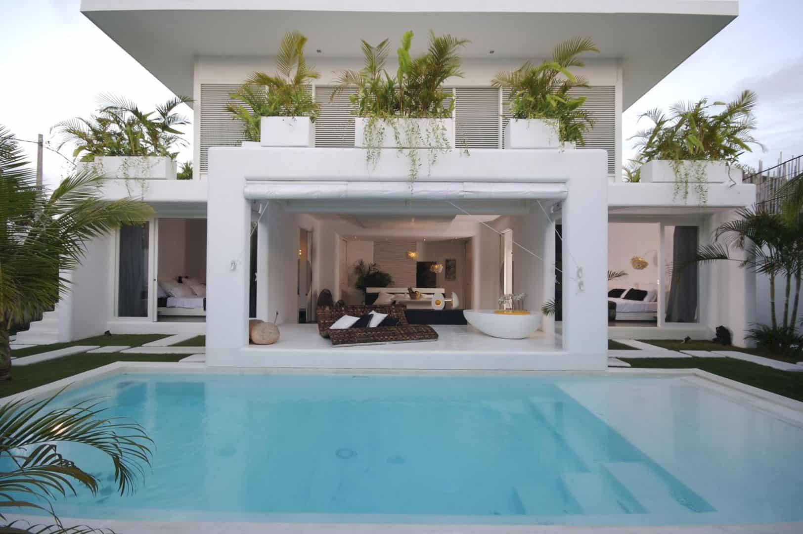 Lovelli Residence Bali: A Mediterranean Villa with Aesthetic Architecture Design