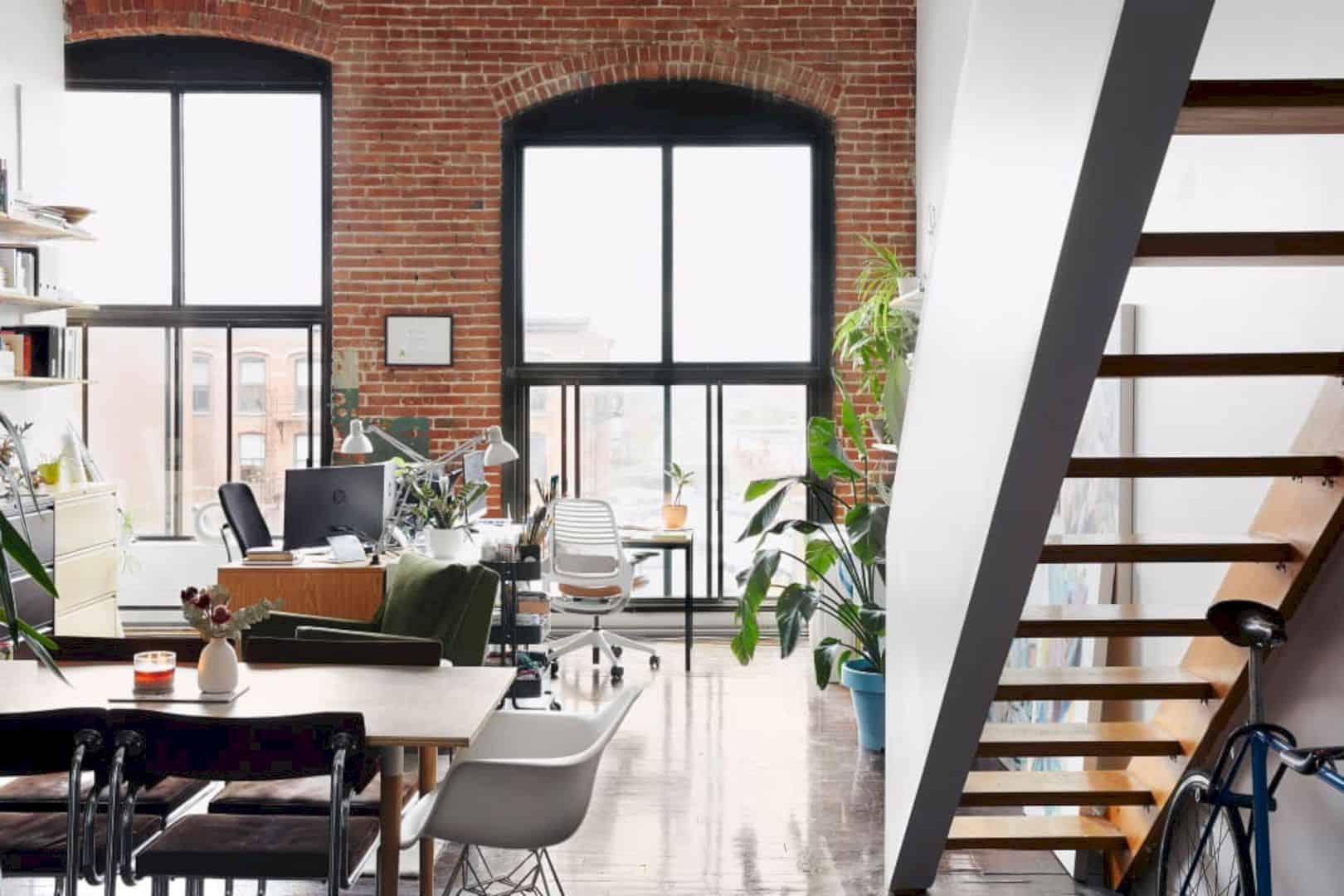 A Painter's Modern Loft 11