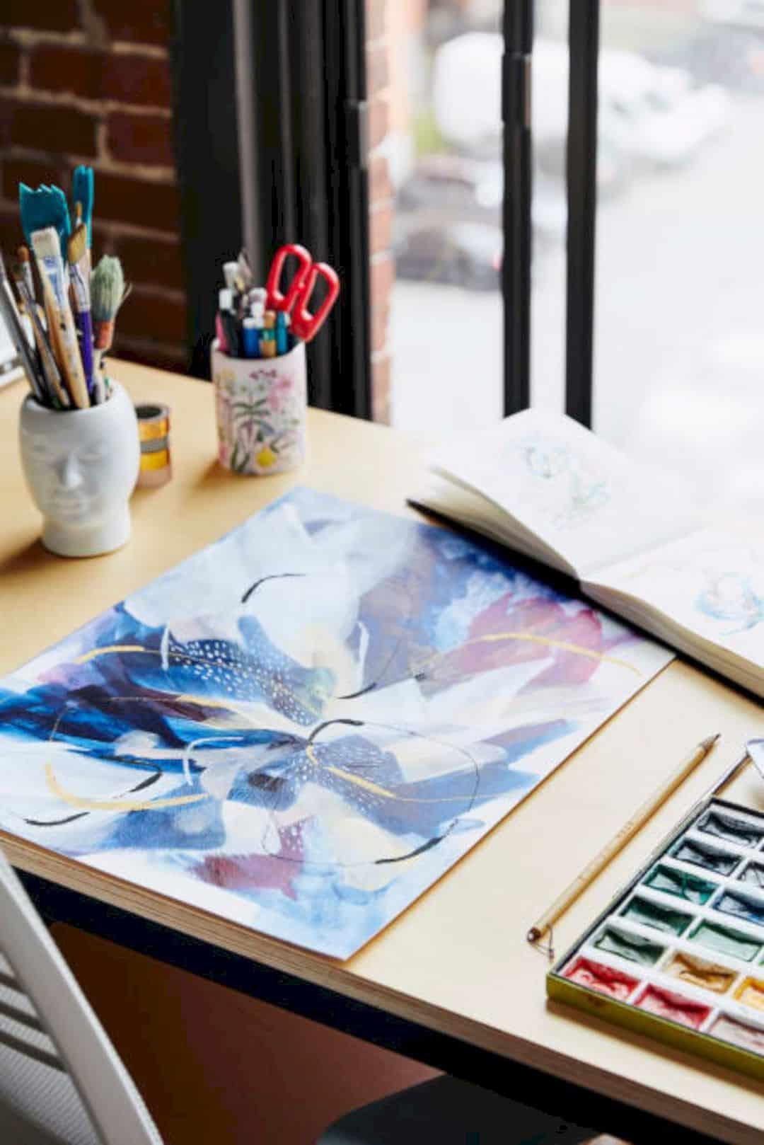A Painter's Modern Loft 13