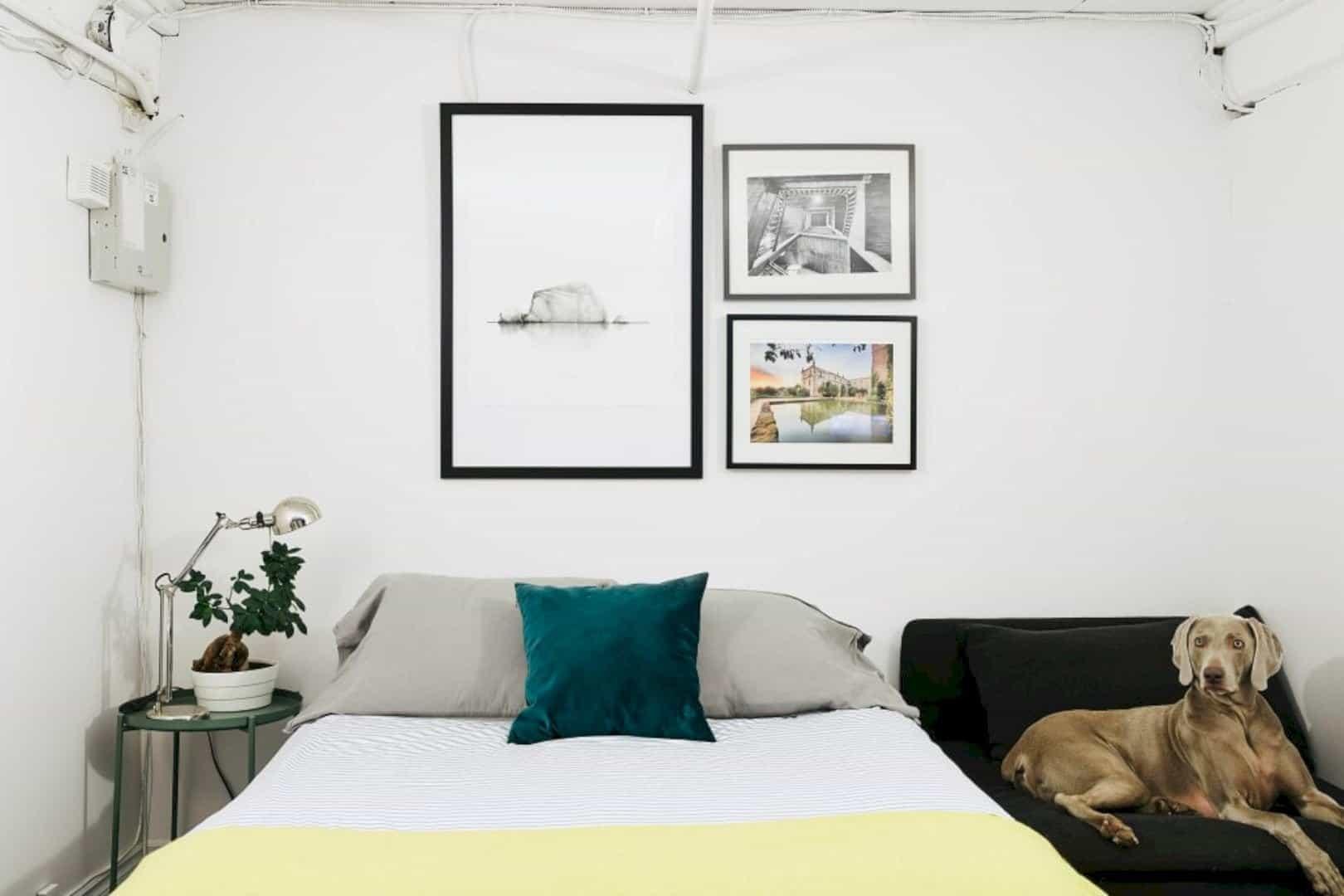 A Painter's Modern Loft 16