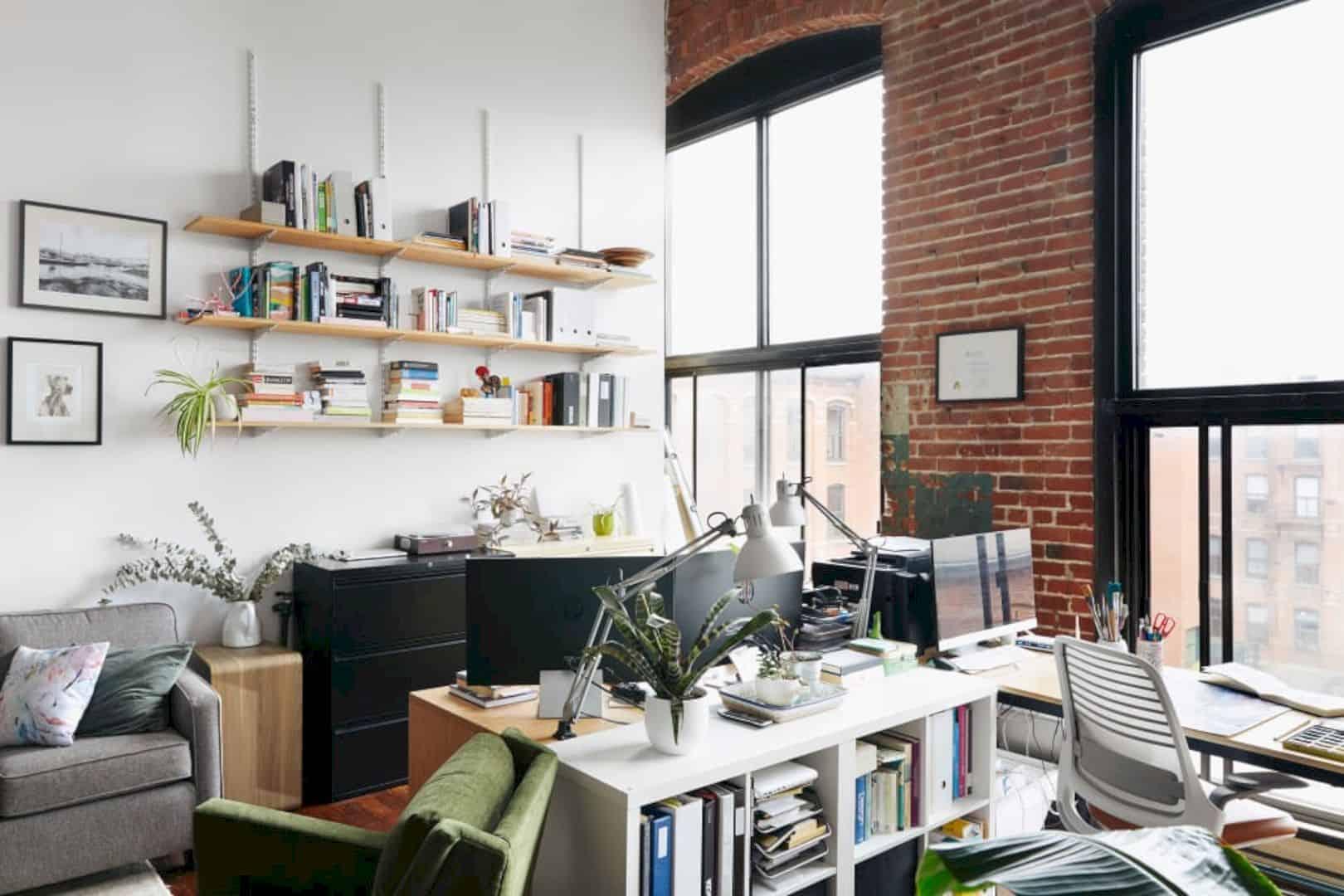 A Painter's Modern Loft 20