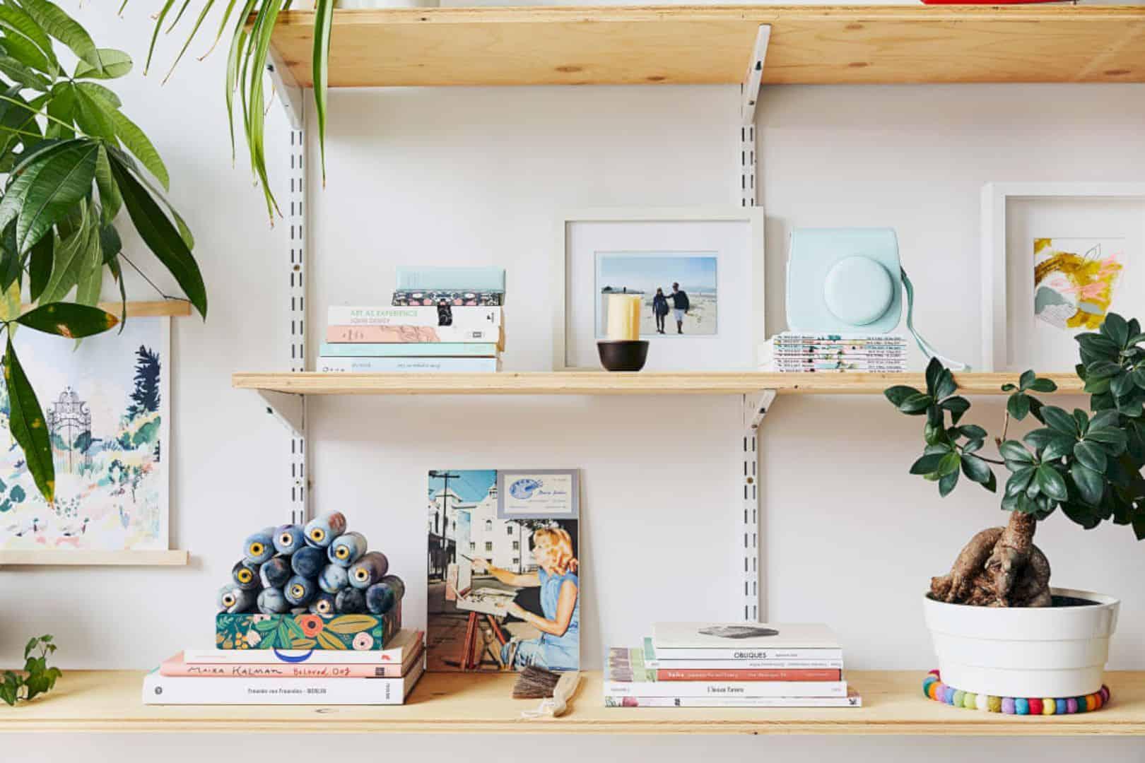 A Painter's Modern Loft 21