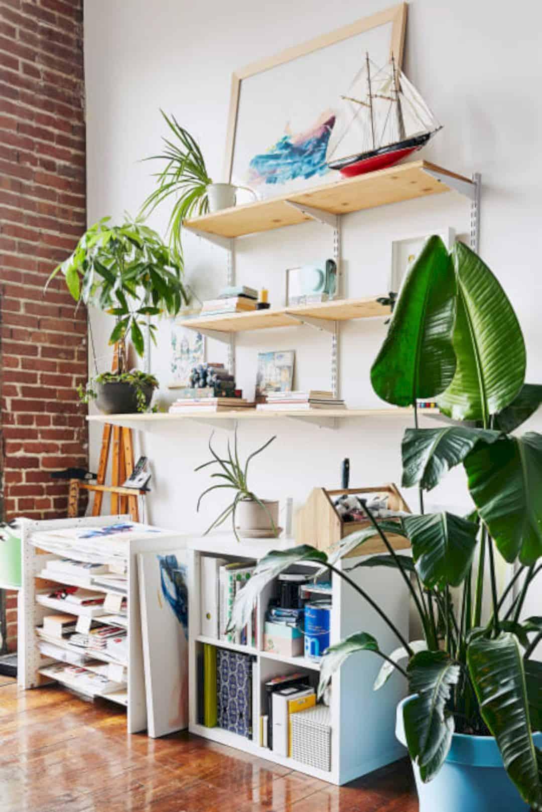 A Painter's Modern Loft 7