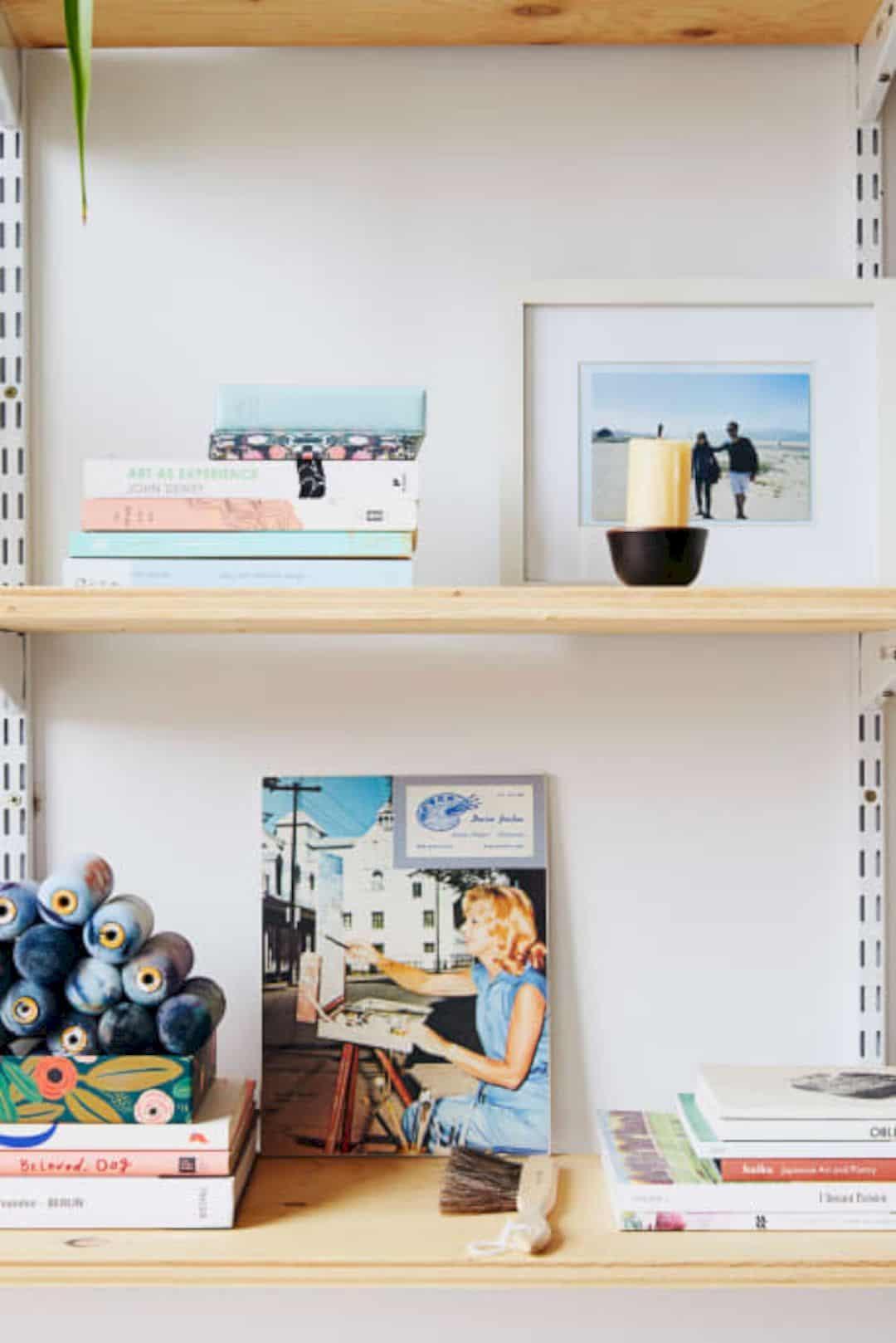 A Painter's Modern Loft 9