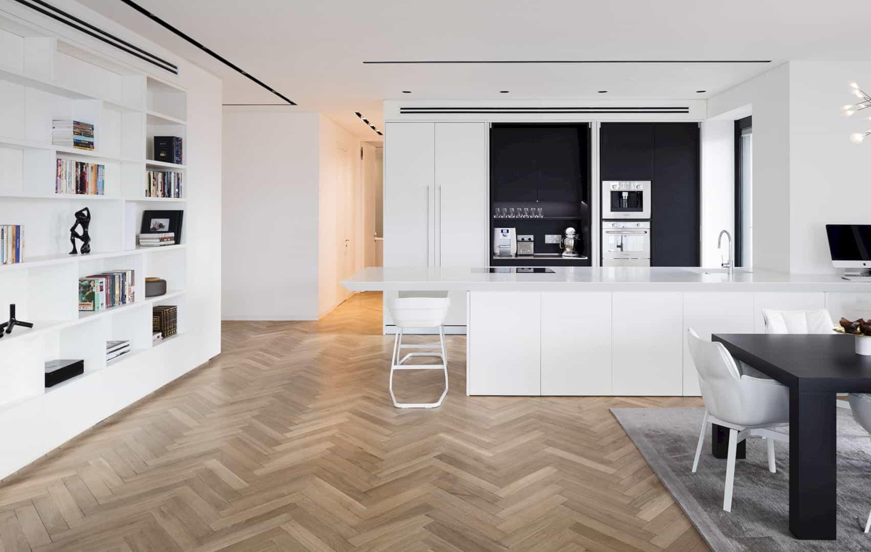 M Apartment 4