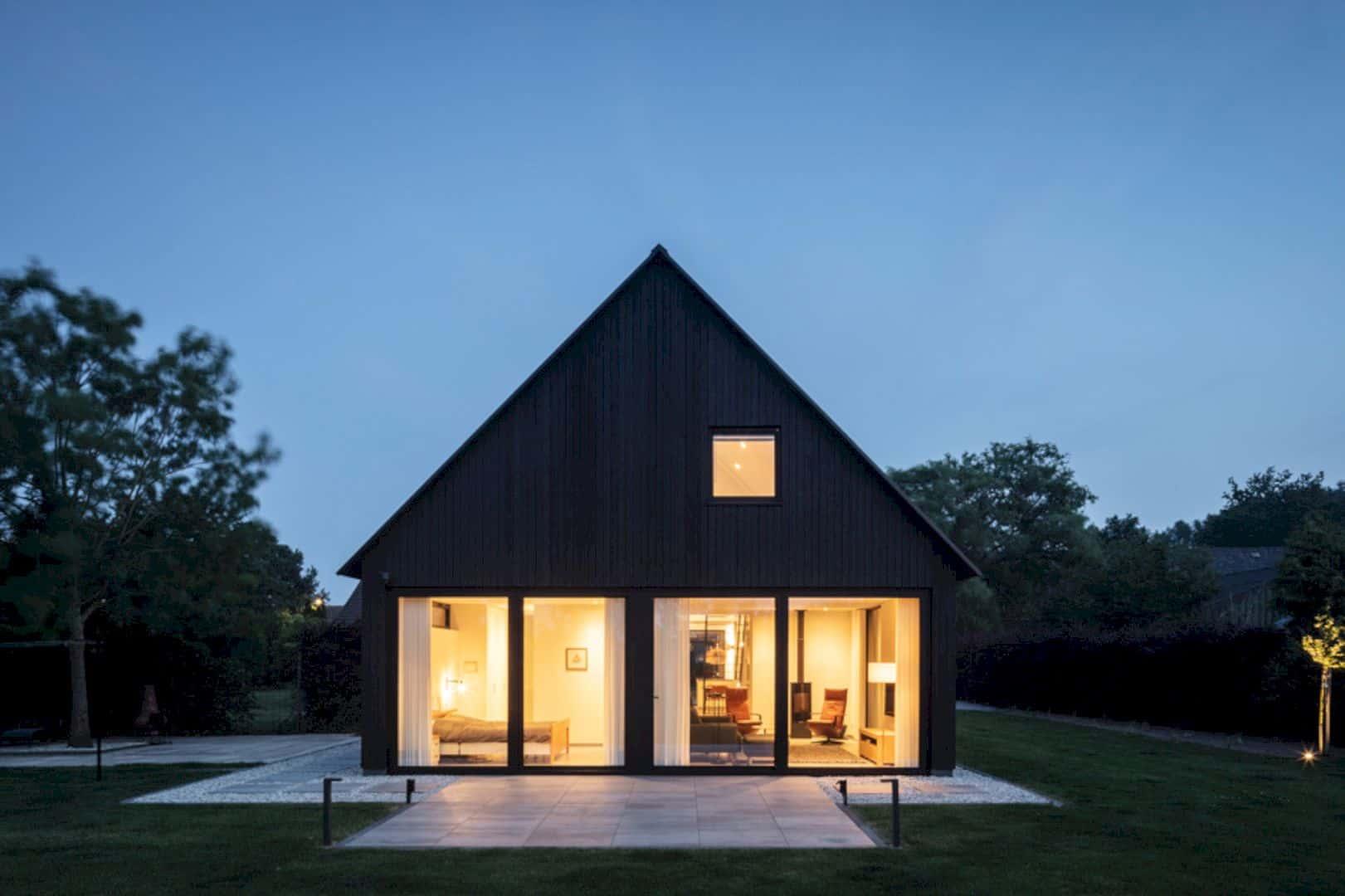 Barnhouse V 1