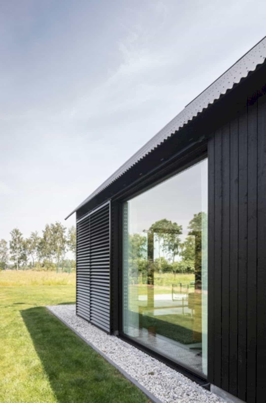 Barnhouse V 12