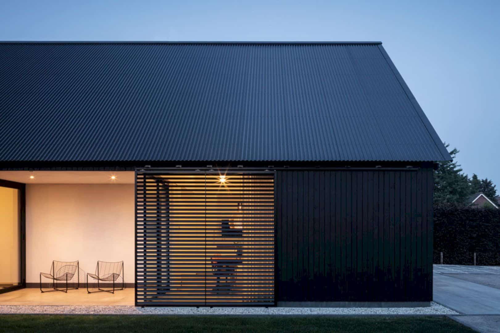 Barnhouse V 6