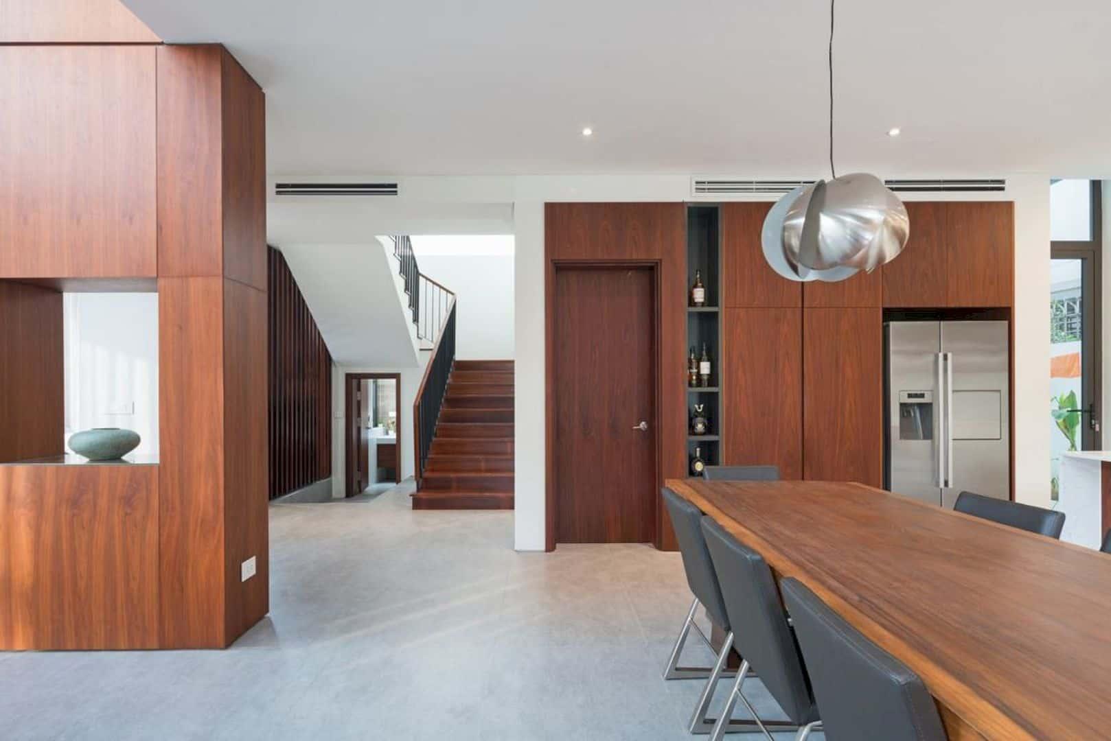 VH6 House 9
