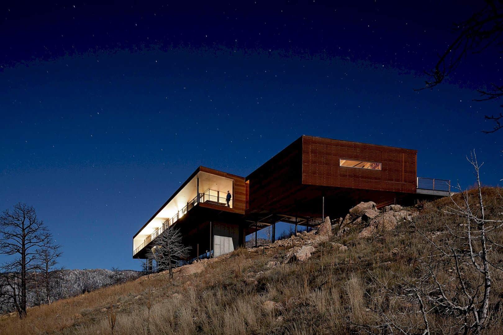 Sunshine Canyon Residence 4