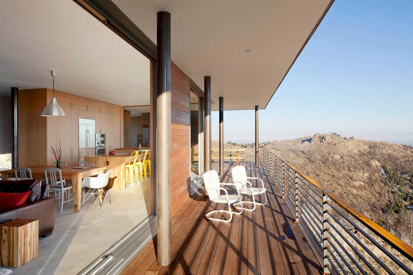 Sunshine Canyon Residence 5