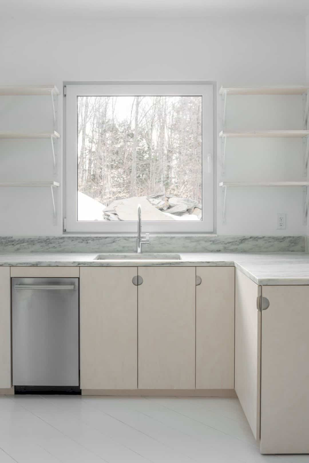 Tunbridge Winter Cabin 3