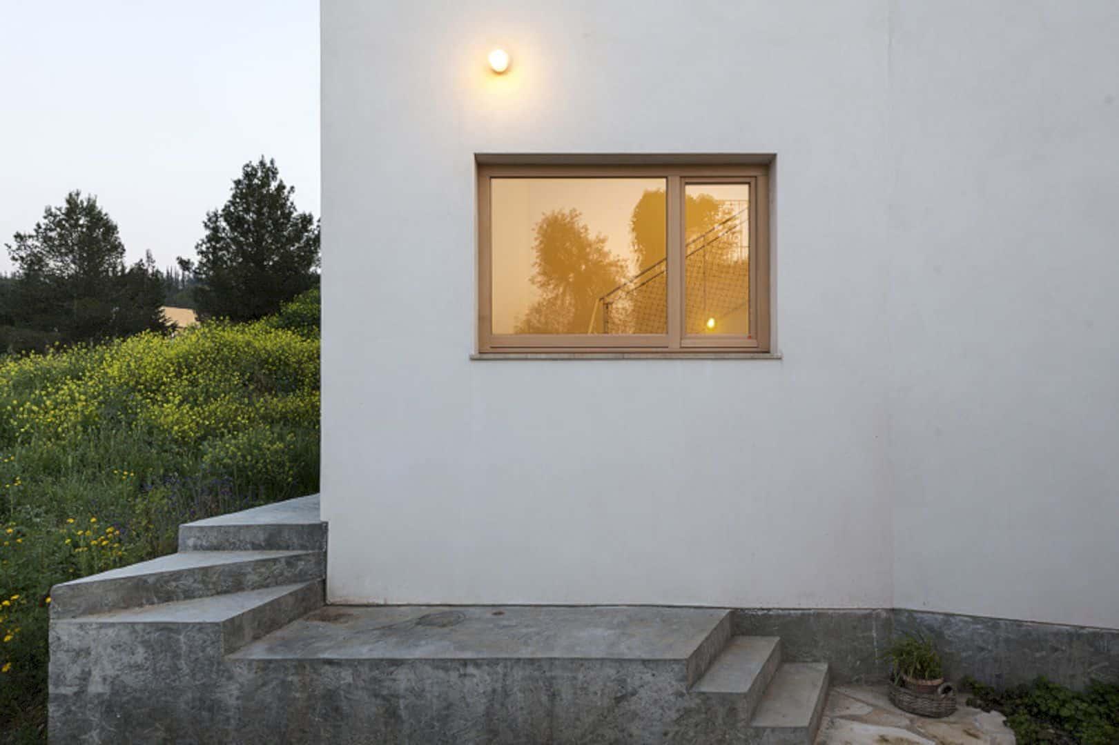 Neve Shalom House 16
