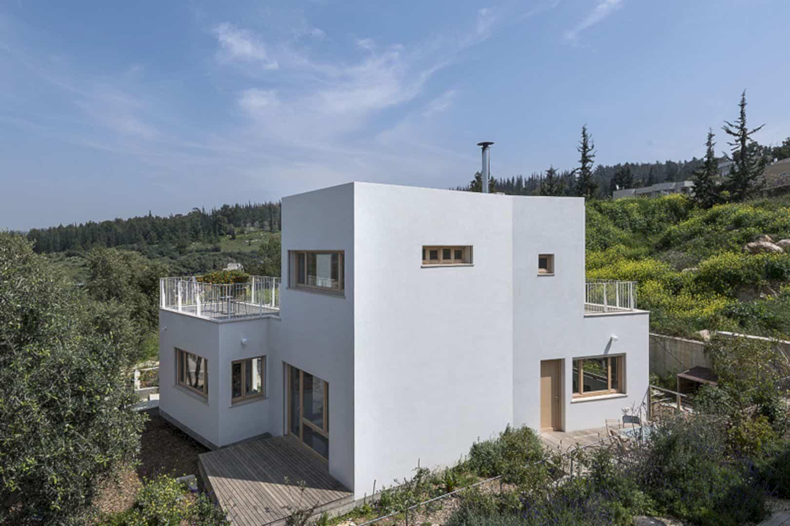 Neve Shalom House 24